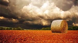 Nuvole d'estate sulla campagna